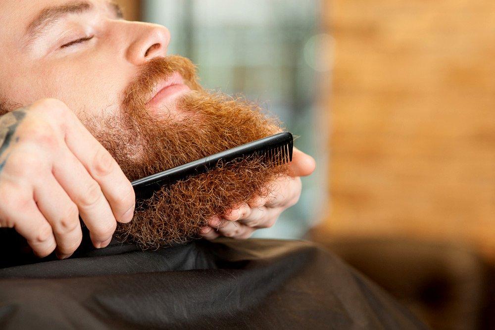 Bart glätten – so wird aus einem Zauselbart ein Frauenmagnet