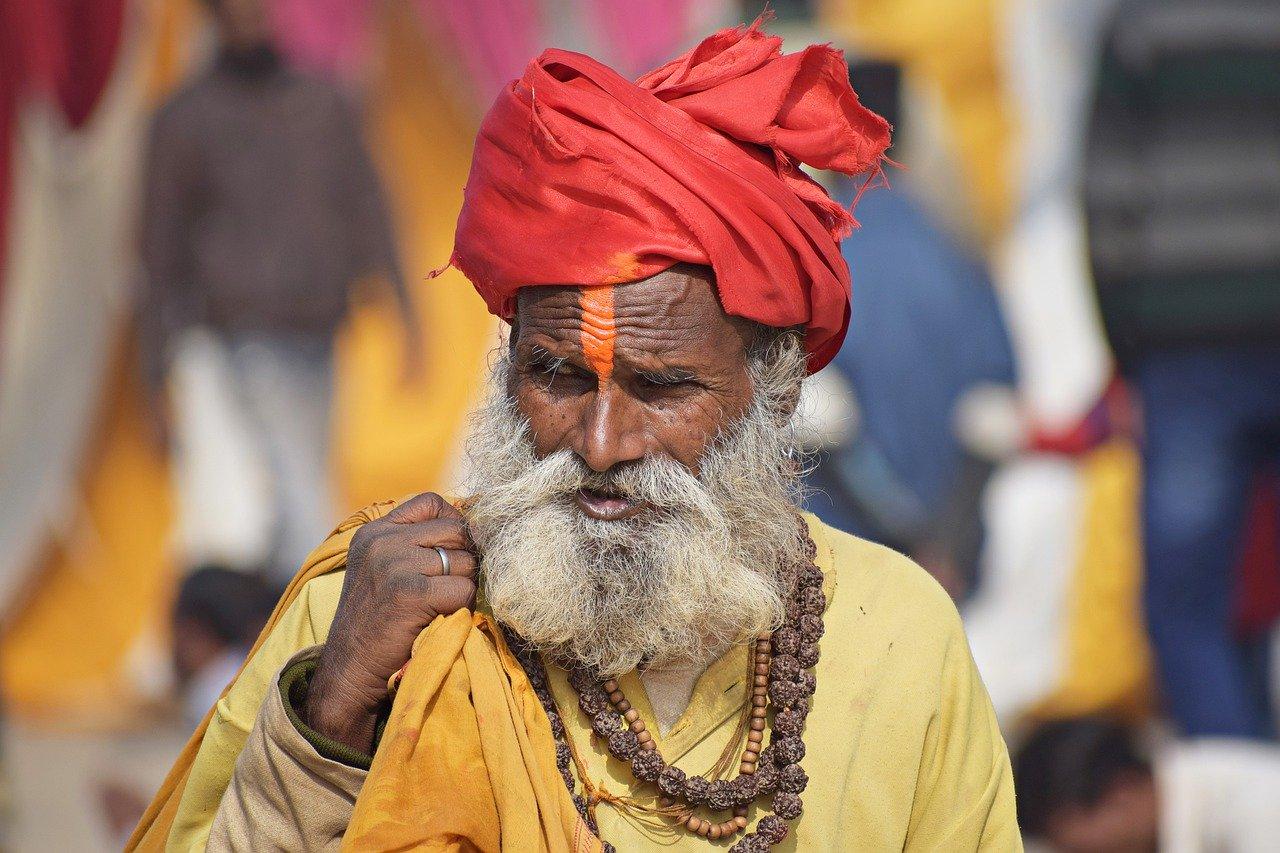 Mann mit Bartkamm Erfahrung