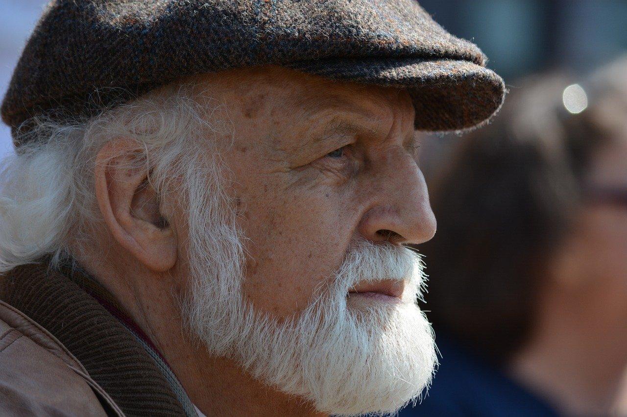 ein gepflegter Bart macht einen gepflegten Mann mit Erfahrung